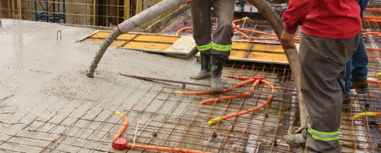 Concreto impermeabilizado com aditivo cristalizante protege piscina