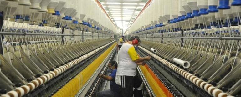 Preços na indústria sobem 2,37%, revela pesquisa do IBGE